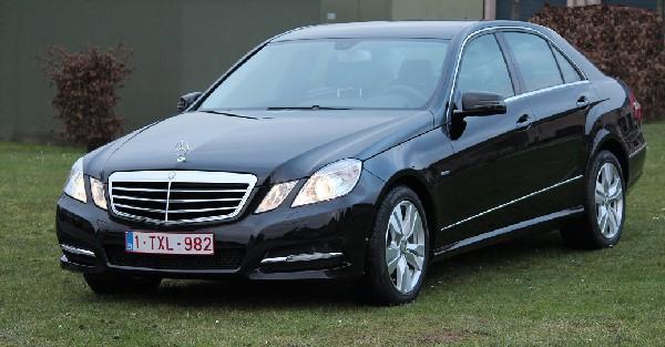 Limousine-Business Car - Mercedes Class E