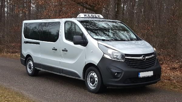 Comfortabel van A naar B met onze minibus waar wij maximaal 8 passagiers kunnen meenemen.  Boosters voor kinderen enof zitjes zijn beschikbaar.